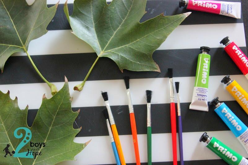 Ζωγραφίζουμε..φύλλα!!!
