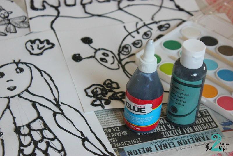 Ζωγραφίζουμε.. με μαύρη κόλλα…
