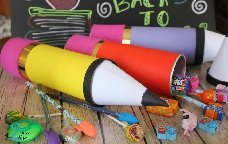 Back to school : Γιγάντια μολύβια – έκπληξη