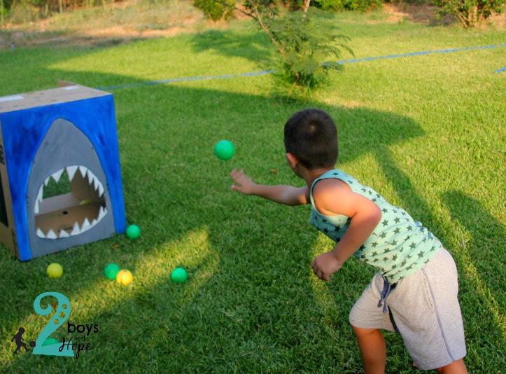 παιχνίδι στον κήπο